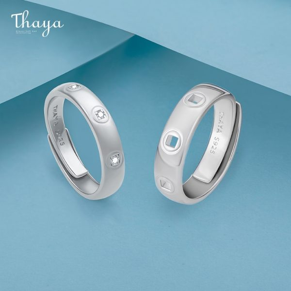 Hollow Halos Couple Rings